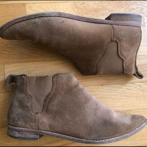 Madewell Bryce Suede Chelsea Boot